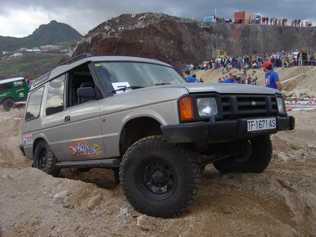 Fotos Land Rover Discovery Trial 4x4 Pics