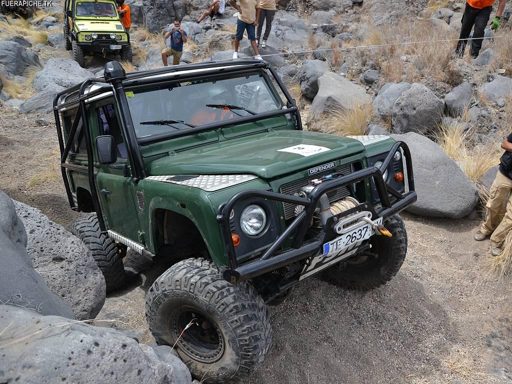 Land Rover Vs Jeep >> Fotos Land Rover Defender 90 trial 4x4